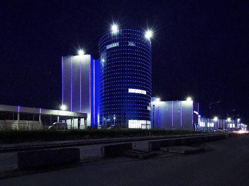 Светлинни фасади